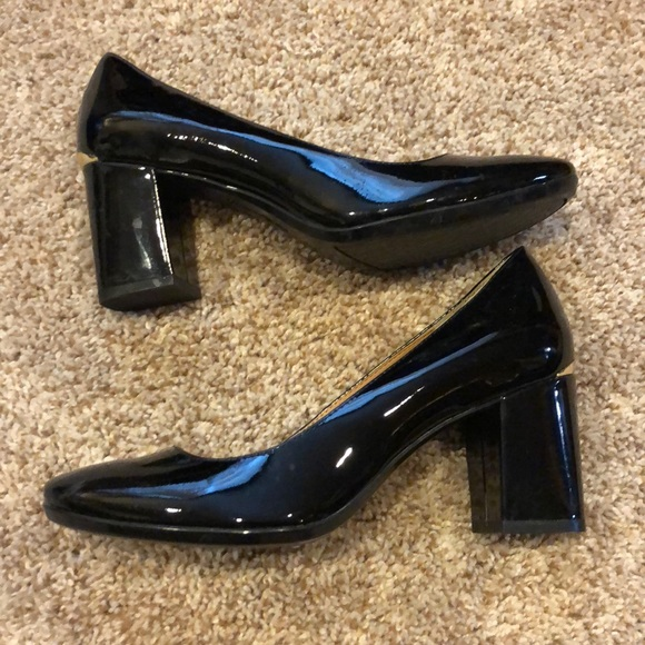Black Patent Leather Chunky Heel Pumps